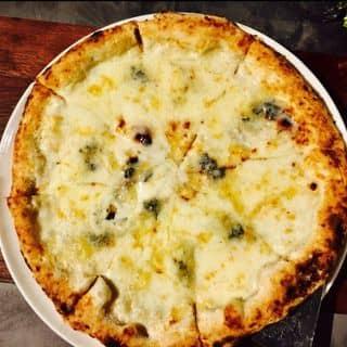 4 Cheese Pizza của babe102 tại 8 Thủ Khoa Huân, Bến Thành, Quận 1, Hồ Chí Minh - 1133896
