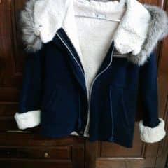 Áo lông còn sieu siêu mới mình mua ở Đà Lạt. Chất vải rất ấm nhưng vẫn nữ tính, năng động. Còn 2 tháng nữa là Noel rồi. Ko sắm từ giờ, sau khó còn hàng tốt lắm nha.   #imiki
