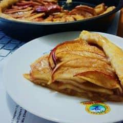 #DaiNaoNganHaSg Họ và tên người đại diện: Đoàn Nguyễn Ngọc Linh  Tên shop: SweetHeart Cakes & Desserts  Số điện thoại: 0935297620  Mặt hàng kinh doanh: Các loại bánh (New York Cheesecake, Tart, Lamington...)  Email: nodoann@gmail.com  Facebook của shop: SweetHeart Cakes & Desserts  Instargram của shop: sweetheart.desserts  Giá món: 30k  Món chính: Cheesecake, bánh táo  Món phụ: Lamington #preorder