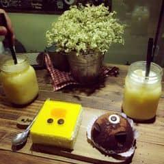 Bánh gấu + chanh leo+ bánh vịt  của diepanh95 tại Aroi Dessert Cafe - Nguyễn Thiệp - 1217675