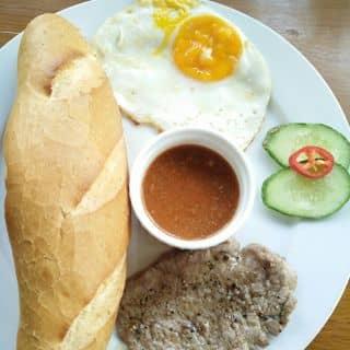 Bánh mì của eulee tại 60 Lê Lợi, Thành Phố Huế, Thừa Thiên Huế - 1915409
