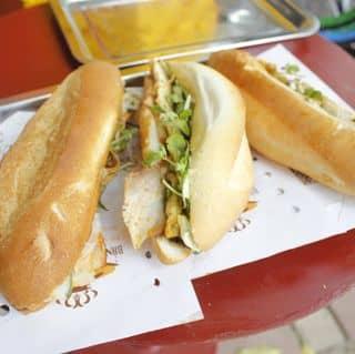 Bánh mì Queen - Bà Triệu