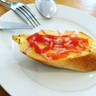 Bánh mỳ bơ tỏi  của totenlaxanh tại 8A Lý Thường Kiệt, Thành Phố Hải Dương, Hải Dương - 1299575