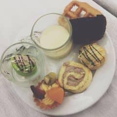 Bánh ngọt của Như Quỳnhh tại Buffet Dìn Ký - Cộng Hòa - 79296