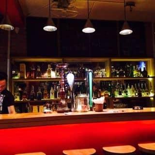 Local Bar - Tạ Hiện