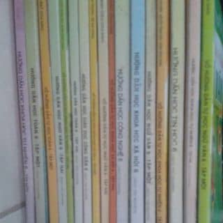 Bộ sách lớp 6 nè còn mới nha ai mua dùm mik đi của quangcherry tại Hà Nam - 3286836