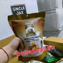 Ăn bỏng đi các bạn ơii❕❕ Uncle Jax American Gourmet Popcorn, thương hiệu bắp rang cao cấp từ Mỹ đã chính thức có mặt tại Việt Nam❤ Bỏng ngô Uncle Jax - thương hiệu bỏng ngô nổi tiếng đến từ Mỹ được sản xuất và phân phối  bởi Công ty TNHH Indulge Việt Nam và do Christine Hà - Quán quân giải Vua đầu bếp Mỹ làm đại sứ thương hiệu. Bao ngon luôn ạ🎉🎉 Bỏng Uncle Jax có 3 vị: - trà xanh - Hỗn hợp Uncle Jax - Bơ Caramel Chicago Giá: 28k /1 gói Free ship <3km quanh khu vực Cầu Giấy và free ship Trường Đại Học Thăng Long nhé👍 Các nơi khác từ 10-30k  Viber/zalo: 0974393280 - Thọ Imess: 0983590347