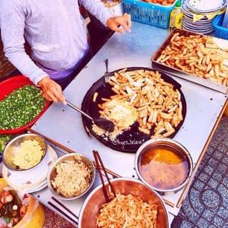 Ăn gì ở đâu? Gần 100 địa điểm ăn vặt ngon ở Sài Gòn