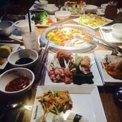Tháng này bài feature là Redsun, đi ăn Seoul Garden no lặc lè lặc lè lặc lè. Cảm ơn chú Vinh =)))