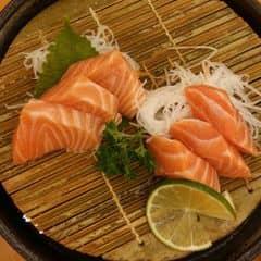 Cá hồi của Phương Lan tại Tokyo Deli - Phan Xích Long - 371208