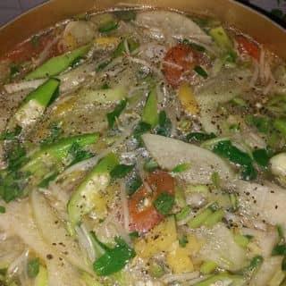 Canh chua , cá kho , gà chiên của nhi09051999 tại Hồ Chí Minh - 3831679