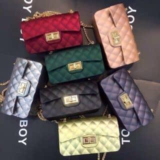 Chanel silicon của yenphung270997 tại Lâm Đồng - 2136597