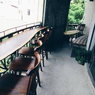 Chỗ ngồi ngoài ban công của edimcatstuff tại 26 Lý Tự Trọng, Phường Bến Nghé, Quận 1, Quận 1, Hồ Chí Minh - 678851