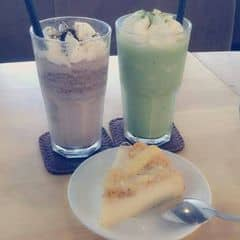 Cockie cream && matcha cream && bánh trứng muối của Dương Hà tại Urban Station Coffee Takeaway - Phạm Ngọc Thạch - 2206883