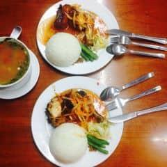 Cơm gà 123 + canh ngao của Linh Nhím tại Cơm 123 - Kim Mã - 2438786