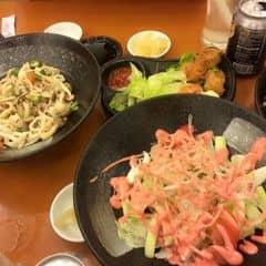 Cơm phần sushi với cá hồi của N N Lan Vy tại Tokyo Deli - Park View Phú Mỹ Hưng - 518428