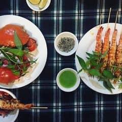Cua hấp + tôm nướng muối ớt của Xuân Quỳnh tại Lẩu cua Đất Mũi  - 2310101
