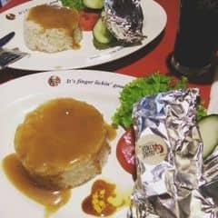 cưm trưa của Phan Linh tại KFC - Bà Triệu - 2059896