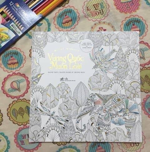 Cunguoimoita Sach To Mau Vuong Quoc Muon Loai Healingbook Coloringbook Sachtomau