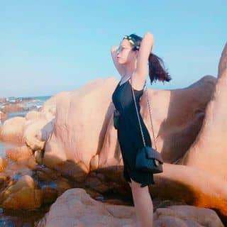 Đầm đen basic xẻ tà của ngocxuyen2511 tại Hồ Chí Minh - 2932752