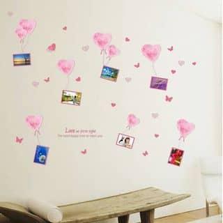 Decal dán tường Treo ảnh trái tim hồng của amyshop tại 20/16 Phạm Ngọc, Tân Quý, Quận Tân Phú, Hồ Chí Minh - 2583999