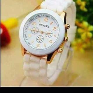 Đồng hồ khởi my trắng 57k hàng có sẵn tại shop DUMBO của soulsquys tại 97 Trần Phú,  P. Phủ Hà, Thành Phố Phan Rang-Tháp Chàm, Ninh Thuận - 2689895