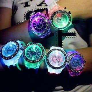 Đồng hồ phát sáng của duongcon tại 0938867659, Quận 1, Hồ Chí Minh - 646702