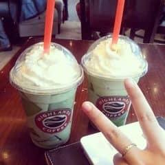 Freeze trà xanh của Nguyễn Hoàng Anh tại Highlands Coffee - IPH Indochina - 2260583