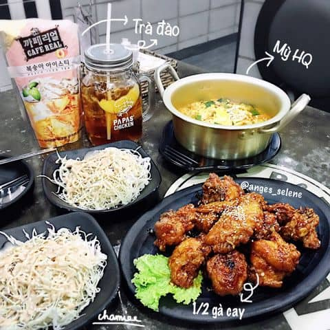 Các hình ảnh được chụp tại Papas' Chicken - Nguyễn Tri Phương