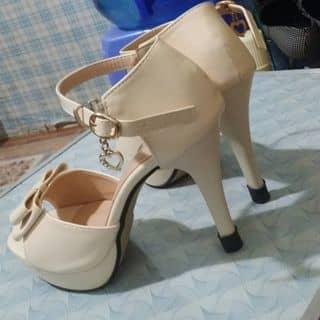 Giày thanh lí size 36 mới đi 1 lần của xanhech2 tại Sơn La - 1484212