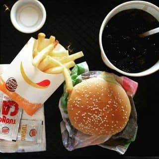 Hamburger 🍔🍔 của vyy.shen.1102 tại 39 Nguyễn Văn Linh, Tân Phú, Quận 7, Hồ Chí Minh - 731180