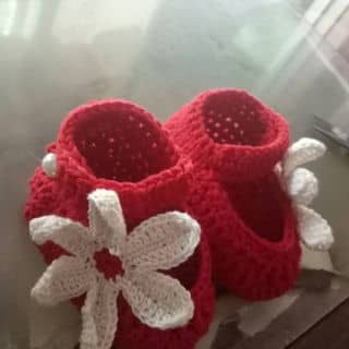 Hàng làm trả khách. chị em nào muốn cho bé yêu 1 đôi hay là làm quà mừng đầy tháng, thôi nôi liên hệ e nha của nguyenleminhhien1 tại Quảng Ngãi - 3768377