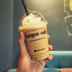 Cái tên tiếng việt dài quá k nhớ rõ chỉ nhớ là cafe đá xay hạt hazenut, uống vào thấy lạ lạ mà cũng thơm thơm. Chắc thích cái kem, mốt trong số ít những qán có kem mà mình cảm thấy ngon. Quán cũng khá rộng, mở 24h mà có điều tối đông ồn mà còn mở nhạc quẩy nên hơi lộn xộn.