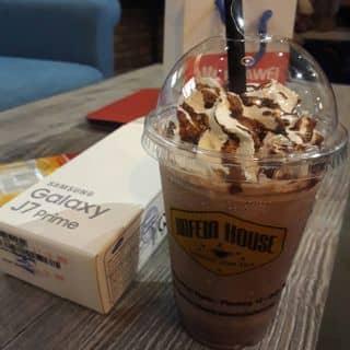 Iced blend chocolate của punny tại 349 Sư Vạn Hạnh, Phường 12, Quận 10, Quận 10, Hồ Chí Minh - 1825010