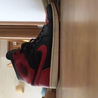 Jordan 1 bred size 11 cond 8.5 của pquang1502 tại Hồ Chí Minh - 3602921