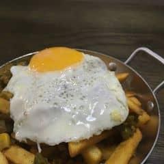 Khoai tây chiên sốt cari của Vivian Nguyen tại POP fries PXL - 567801