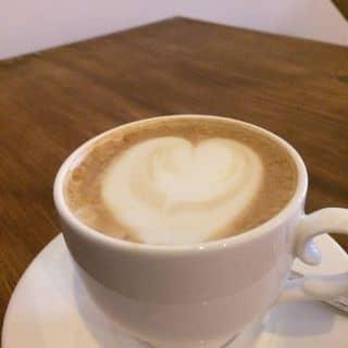 Latte nóng của kuronekonekodearimasu tại Đường Số 8, Linh Chiểu, Quận Thủ Đức, Hồ Chí Minh - 2255365