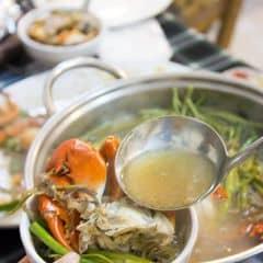 Nước ngọt thanh, cua chắc thịt. Quán đông khách nên phục vụ hơi lâu cơ mà cũng rất rất đáng do cua chất lượng.
