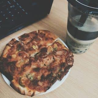 Matcha green tea + pizza đậu xúc xích của woonibaby tại 110 Hàm Nghi, Thành Phố Hà Tĩnh, Hà Tĩnh - 449169