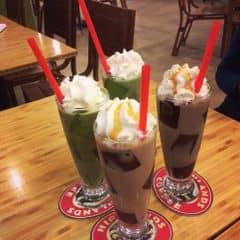 Highlands Coffee - Hoàng Đạo Thúy