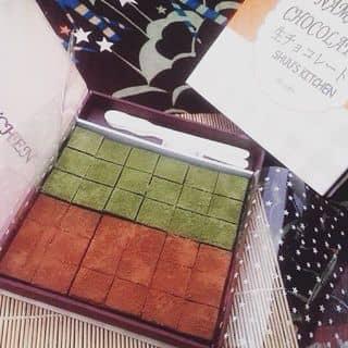 Nama chocolate- socola tươi kiểu Nhật. 2 vị truyền thống trà xanh và socola 👻. Có sẵn tại hà tĩnh nhé. Nhanh ibx để e ship nào 😘😘 của duong2101 tại Phú Yên - 1495923