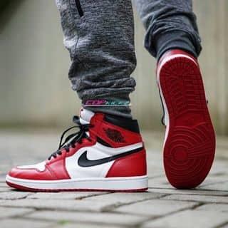 Nike Jordan 1 của giaynikejordan tại Trường Trung học phổ thông Gia Định, Quận Bình Thạnh, Hồ Chí Minh - 2098510