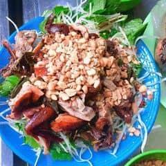 Nộm bò khô + Bánh bột lọc của Mỡ Mỡ tại Long Vi Dung - Nộm, Nem, Bánh Bột Lọc - 2078124