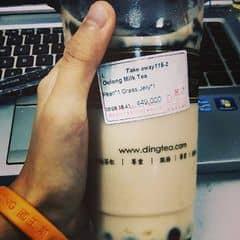 Trong 3 loại trà để uống trà sữa thì thích nhất là trà ô long luôn. Mặc dù nhiều ng k uống được sẽ bảo n tanh. Vs mình Dingtea cũng bình thường dần đều, nhưng ô long thì đánh giá là ngon.  :3