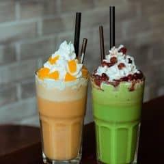 Peach Tea Blended vs Matcha Blended của Yến Hoàng tại New Urban Coffee & Tea - 2337426