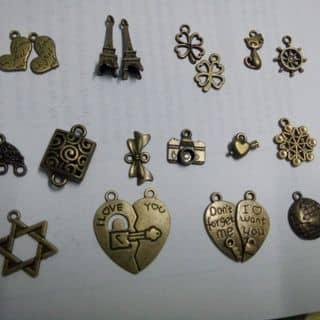 Phụ kiện Handmade giá rẻ của hauluu1309 tại 179 Nguyễn Văn Cừ, An Khánh, Quận Ninh Kiều, Cần Thơ - 2743762