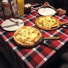 Pizza của Ỉn Tú tại Pepperonis - Phan Đình Phùng - 1107778