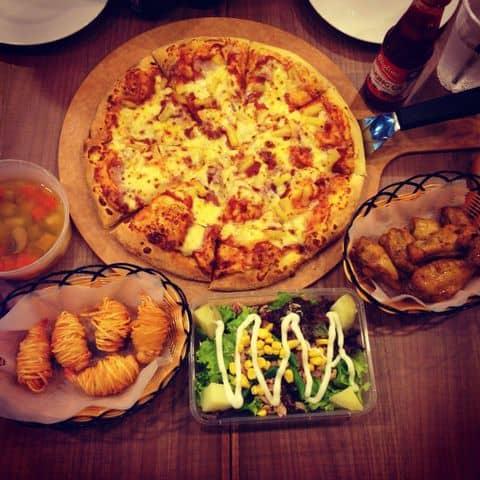 Các hình ảnh được chụp tại Pizza Hut - Nguyễn Trãi