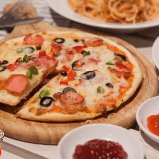Pizza meat lover của neverlandrestaurant tại 36 Hàng Than, Thành Phố Thanh Hóa, Thanh Hóa - 2681442