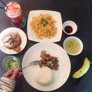 Set cơm trưa ở W Corner của foxdaholic tại 79/3 Trần Huy Liệu, phường 12, Quận Phú Nhuận, Hồ Chí Minh - 5293858